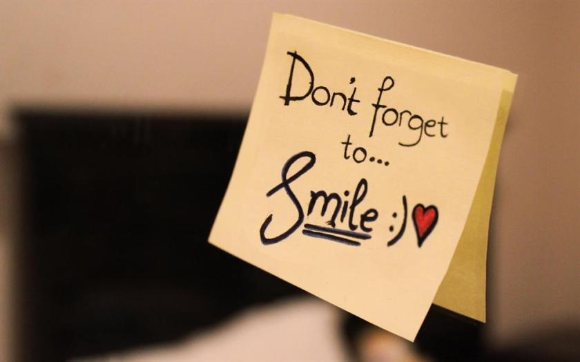 Dont-Forget-To-Smile-Happy-Smile-Day-Note.jpg